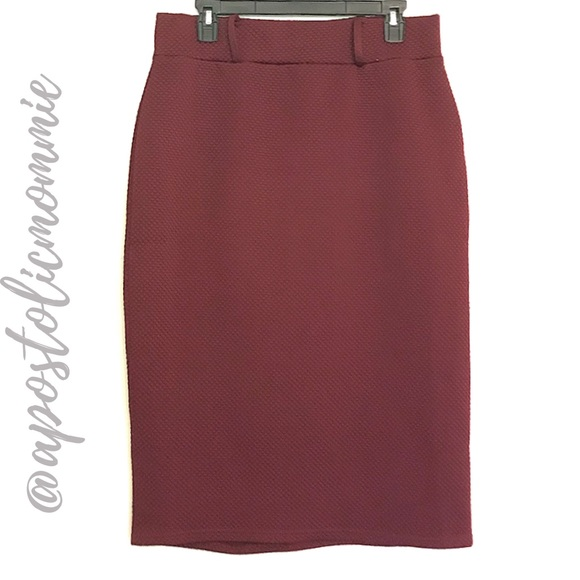 Dresses & Skirts - Wine Red Quilted Pencil Skirt